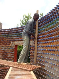 Nigeria-costruzione-muri1